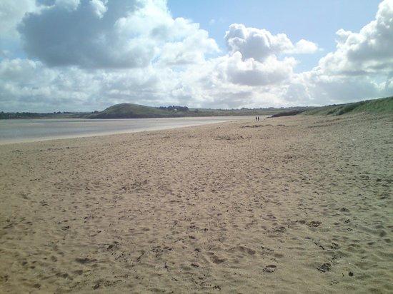 Tregirls Beach: Another empty beach shot, at low tide