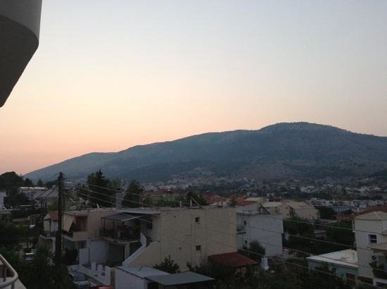 Seleykos Palace: sunrise from the roof top terrace