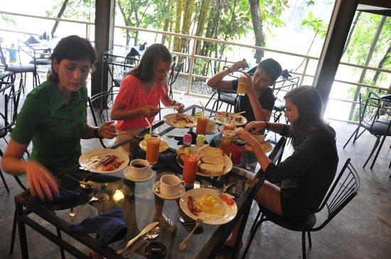 Plantation Hotel: Ontbijt met zicht op de rivier