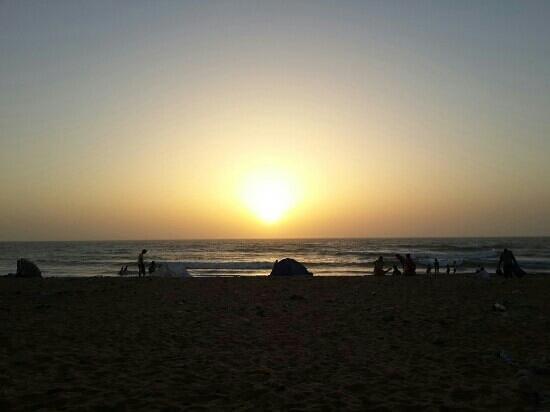 Hotel Nagjir Plage: plage foum el oued devant naggir
