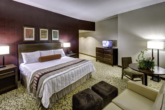 Wyandotte, โอคลาโฮมา: Perfect place to lay your head after an exciting day at Indigo Sky Casino!