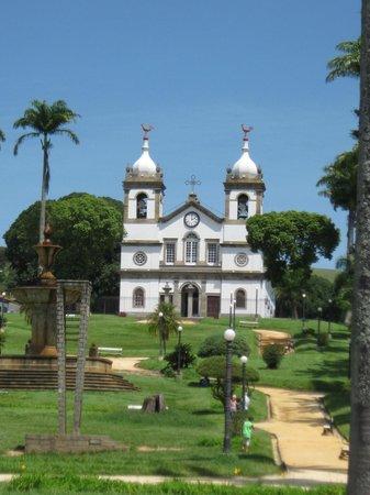 Fazenda Cachoeira Grande: Igreja em Vassoura