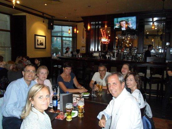 Hard Rock Cafe : Con amici all'Hard Rock Cafè