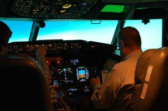 Simuteca: Boeing 737-NGV Simulator in Flight