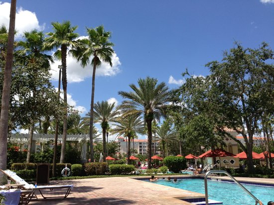 Marriott's Grande Vista: Poolside