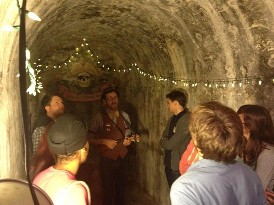Wild Sf Walking Tours In Part Of The Remaining Underground Tunnel China Town