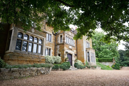 Highgate House Hotel: Outside - perfect for wedding pictures