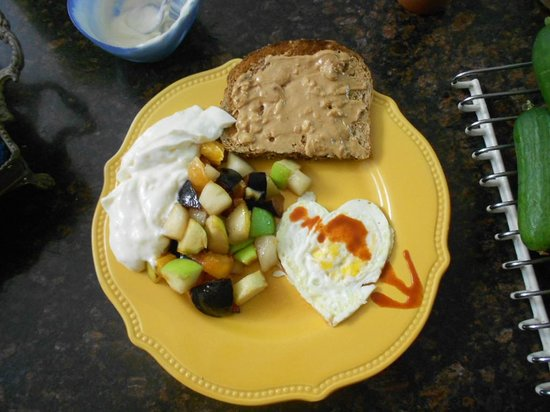 The Palms RV Resort: The great breakfast my wife made me.