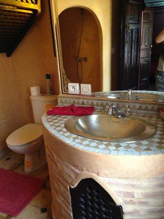 Riad Assalam : Baño