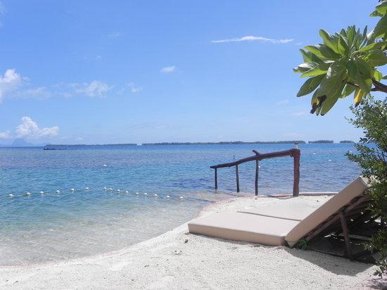 Fare Pea Iti: Le petit motu  de l'hotel, dedié aux amoureux