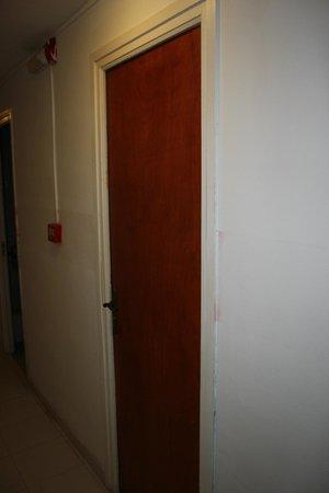 Hostal La Barca: La chambre sans numéro sur la porte.