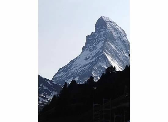 Hotel Mont Cervin Palace: The Matterhorn, view from our room