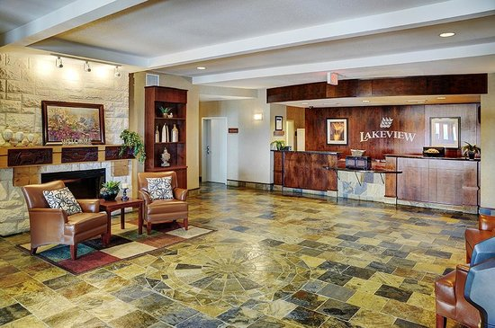 Lakeview Inns & Suites - Slave Lake: Lobby