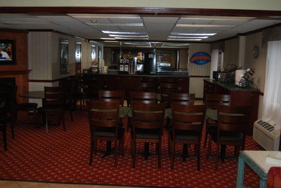 Baymont Inn Bridgeport: Breakfast Room