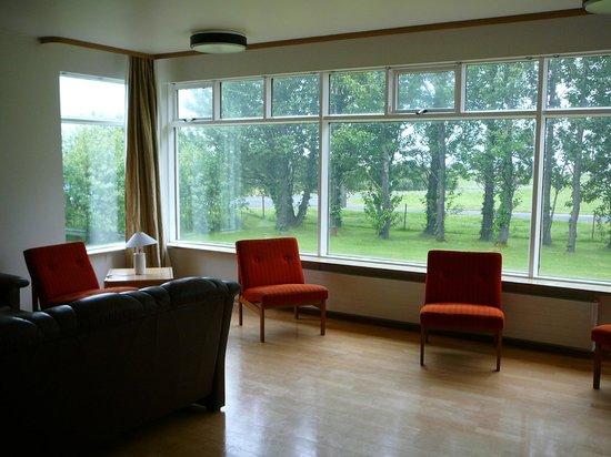 Hotel Edda Skogar : Zona común de estar en el edificio de al lado del principal