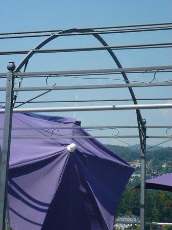 Hotel Park's: nix als kaputte Sonnenschirme