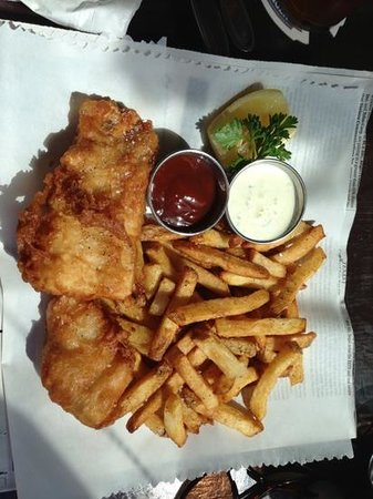 The Local Gastropub: Fish & Chips