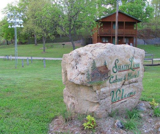 Shady Lane Cabins & Motel: Shady Lane ... oo