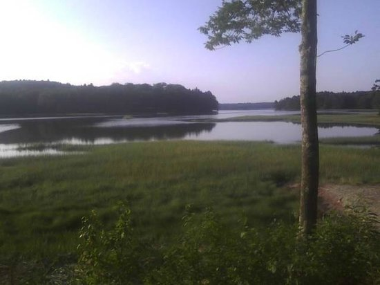Shore Hills Campground : Sea feed lake at Shore hills boothbay