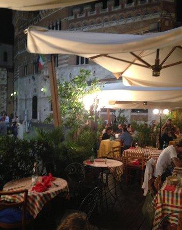 Restaurant Canapone: Enoteca canapino, esterno