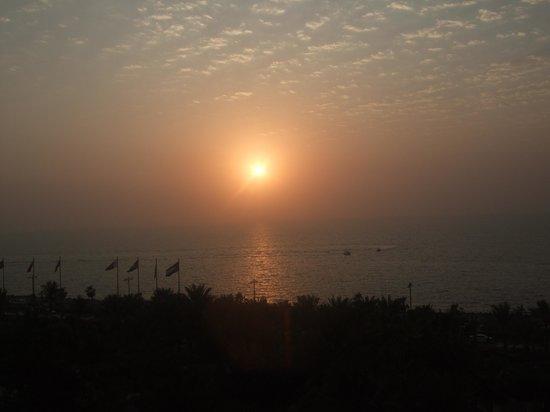 Atlantis, The Palm: Ocean View Sunset
