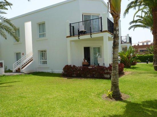 Hotel Riu Palace Meloneras Resort: 4 logements en rdc et 4 autres au 1er étage