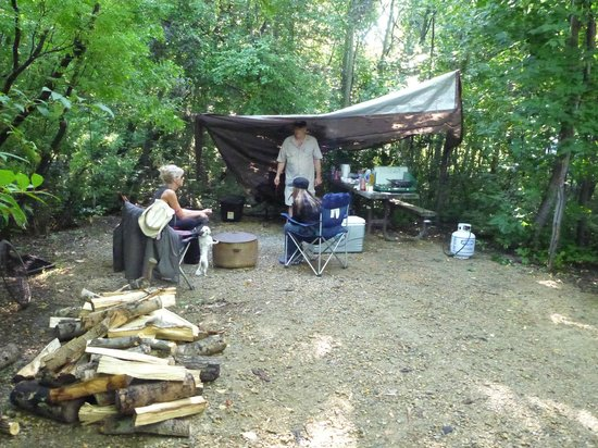 Lions Campground: camp stall used for cooking and fire pit