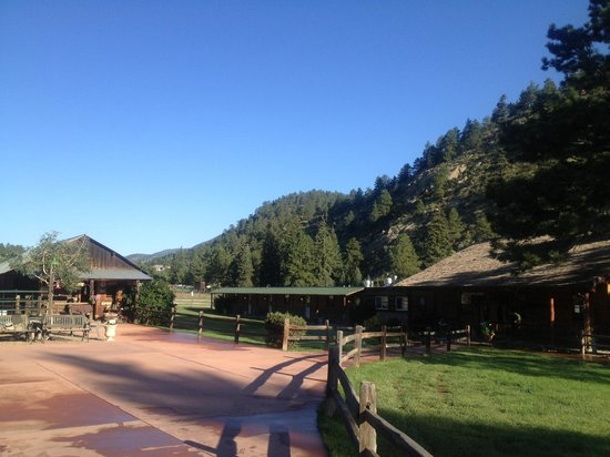 North Fork Ranch : The dining room/main lodge