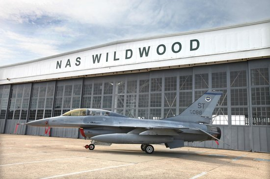 Naval Air Station Wildwood Aviation Museum: F-16 Fighting Falcon
