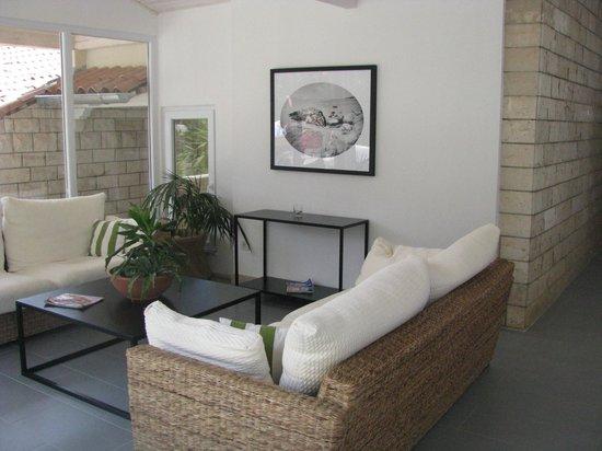 Waterman Svpetrvs Resort: salon dans l entree de notre batiment