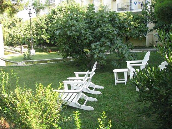 Waterman Svpetrvs Resort: jardin