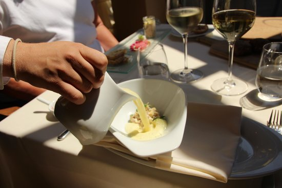 Trius Winery Restaurant: Corn soup with Lobster - Appetizer