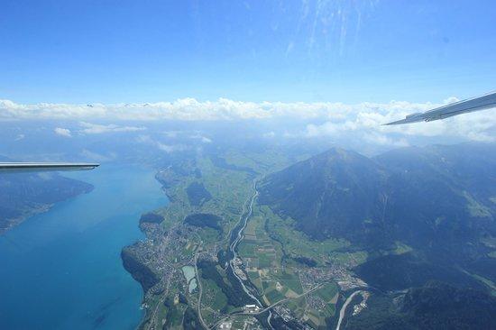 Skydive Interlaken: Aussicht aus dem Flugzeug