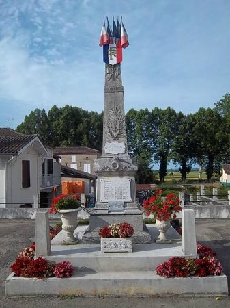 Maoutens Chambres d'Hôtes : World War I Monument
