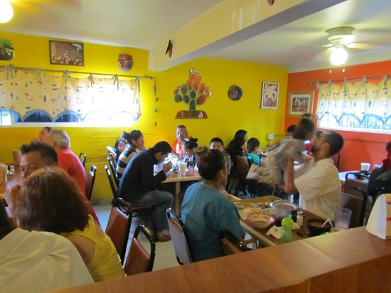 Lalo's Restaurant: brightly painted walls