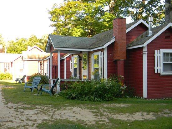 Old Red Inn & Cottages: Cottage 4