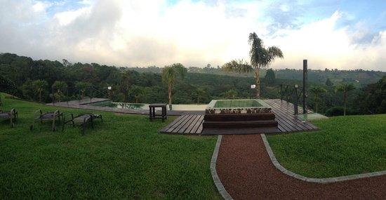 Hotel Mango Valley: La piscina y las vistas