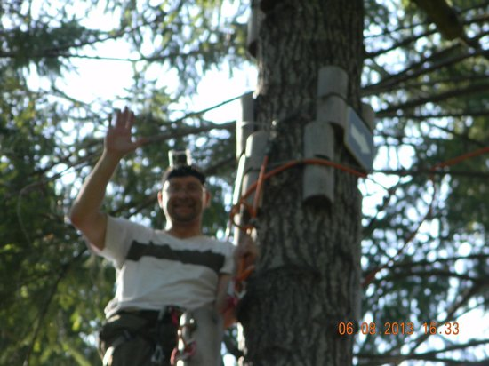WildPlay Element Parks Nanaimo: Hubby on the black course