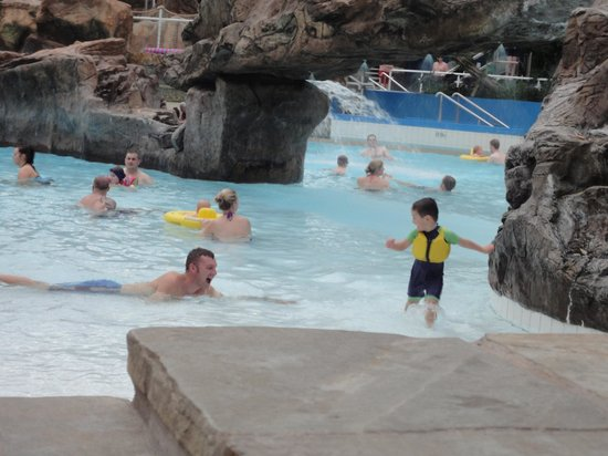 Log fire picture of center parcs whinfell forest - Lake district campsites with swimming pool ...