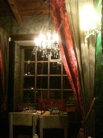 Kandahar Restaurante: View from my chair