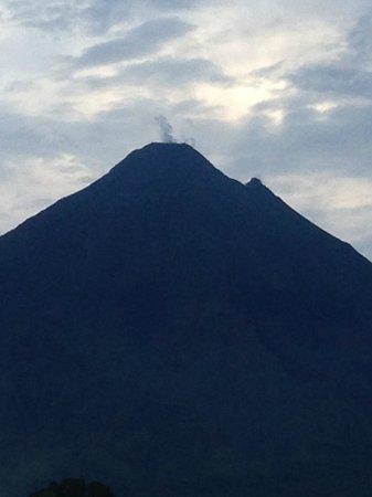 Linda Vista Hotel: Arenal Volcano view