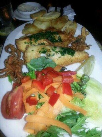 Restaurante Es Port: calamari fritti es port