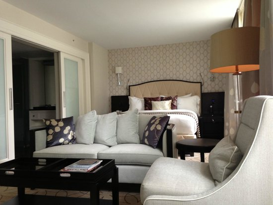 Rosewood Hotel Georgia : Room 614
