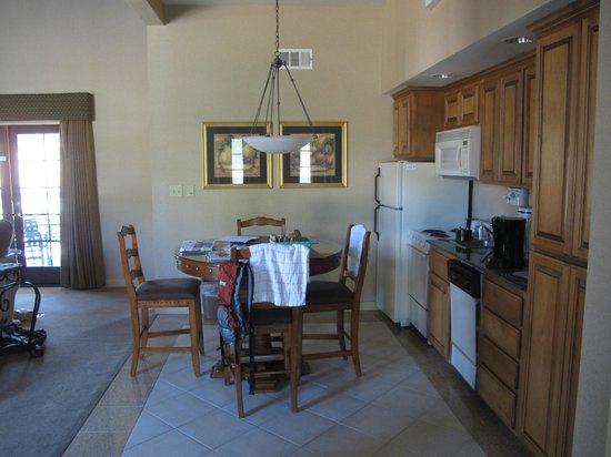 Stallion Springs Resort: Kitchen