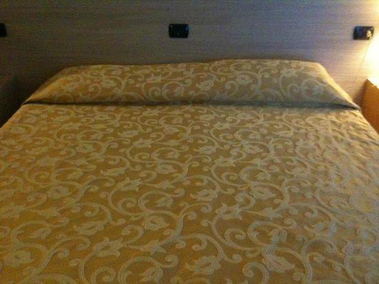 Hotel Augustus Riccione: letto