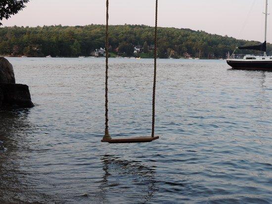 Lake Winnipesaukee: Waterfront property in Meredith