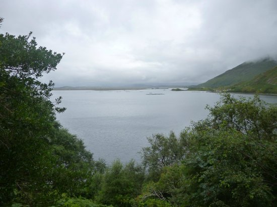 The Great Western Greenway : early achill morning mist