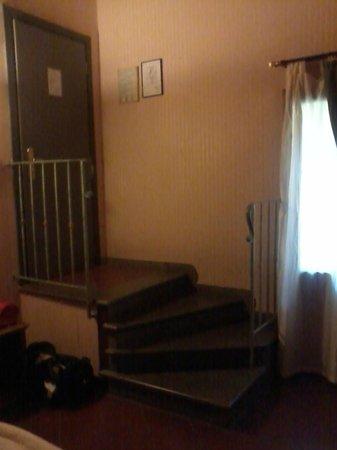 Hotel Panama: Bellissimo l' ingresso con scale