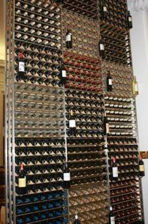 Bordeaux Wine School (Ecole du Vin): Wine display in the showroom