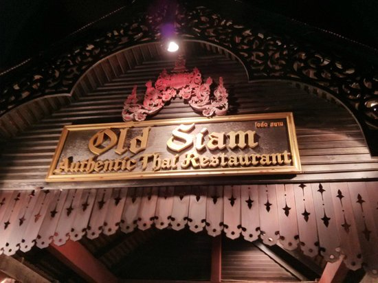 Old Siam Authentic Thai Restaurant: Entrance